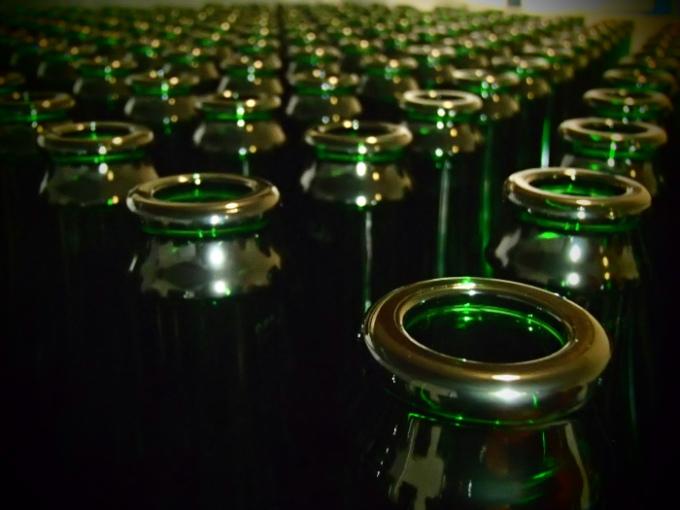 """Butelki szampanowe """"demi"""" o pojemności 375 ml, zwykle używane do piw kwaśnych i dzikich."""